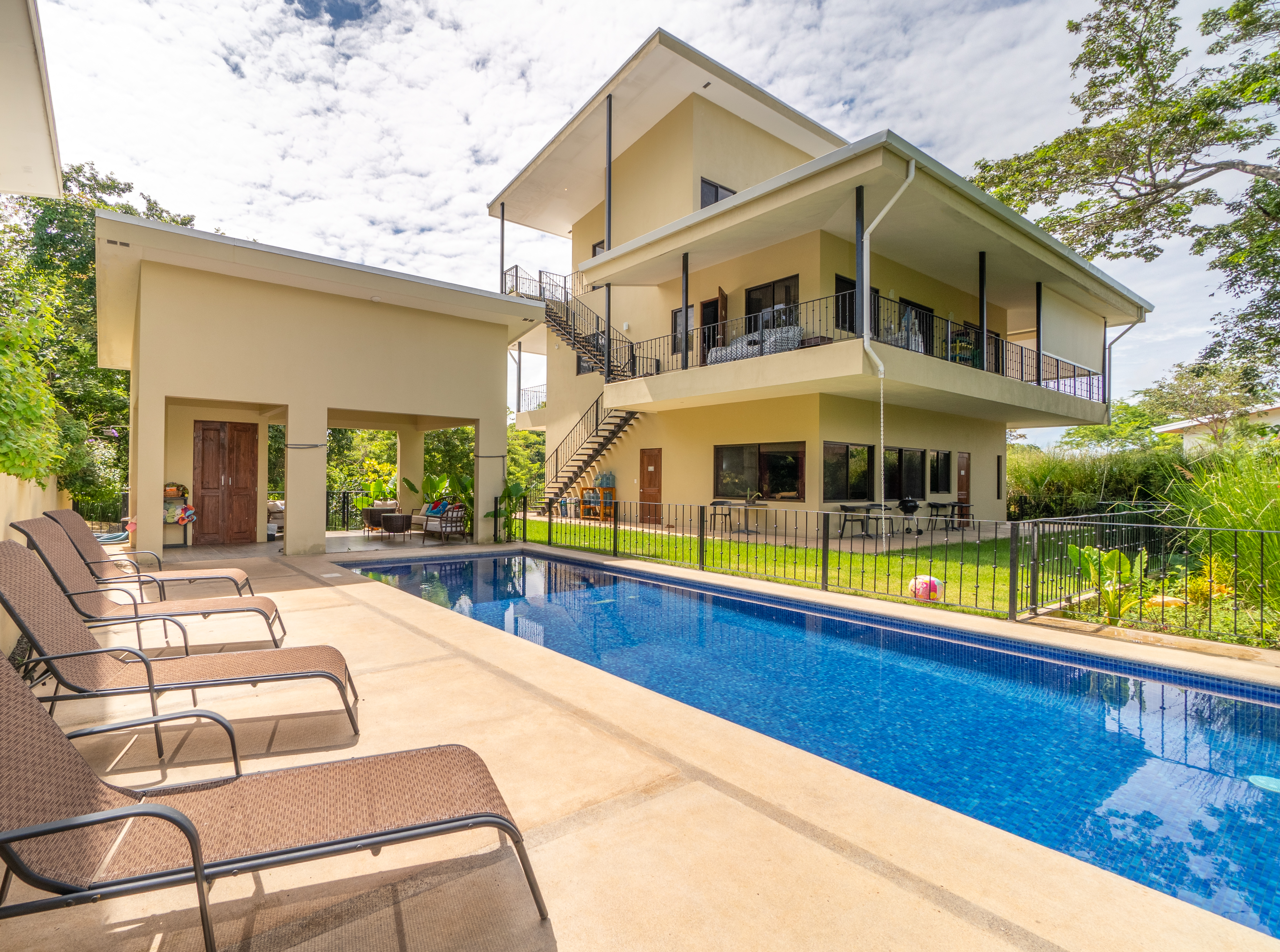 Enjoy a relaxing Costa Rican Vacation at The Lanktuary